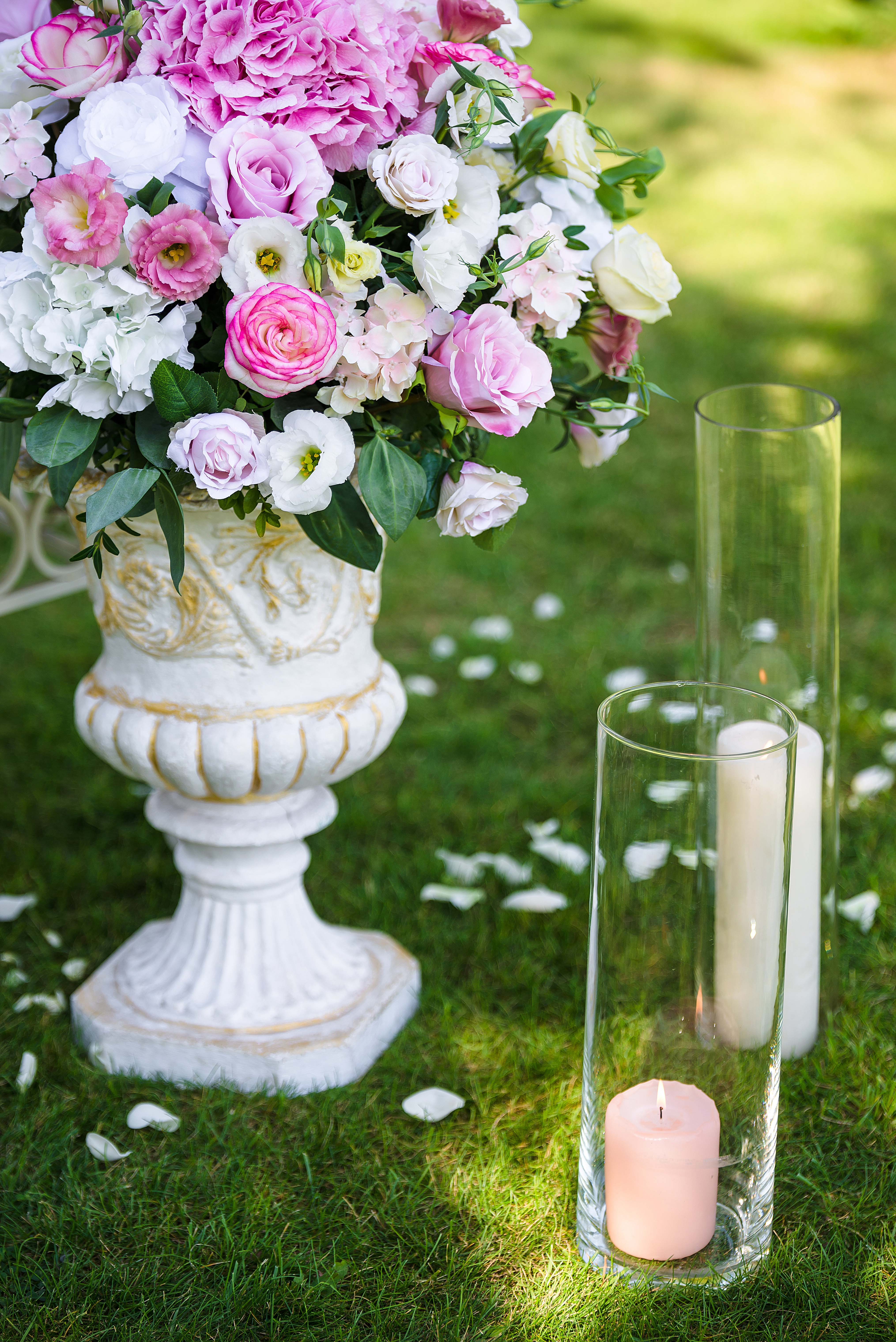 Vases With Tender Pink Flowers Outdoor On The Grass Wedding Dec