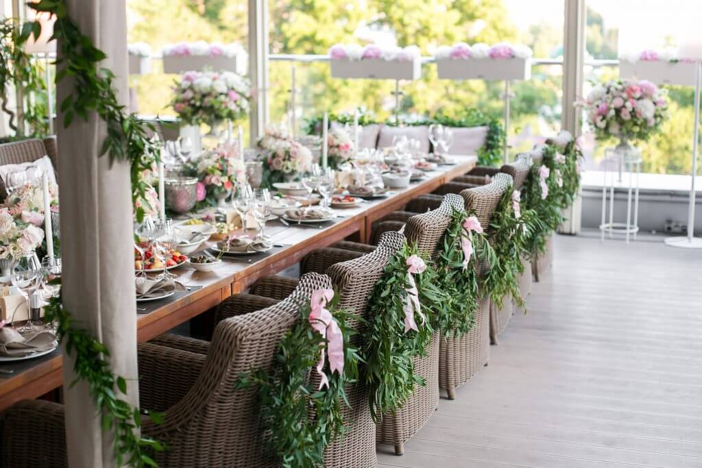 wedding chair's decoration