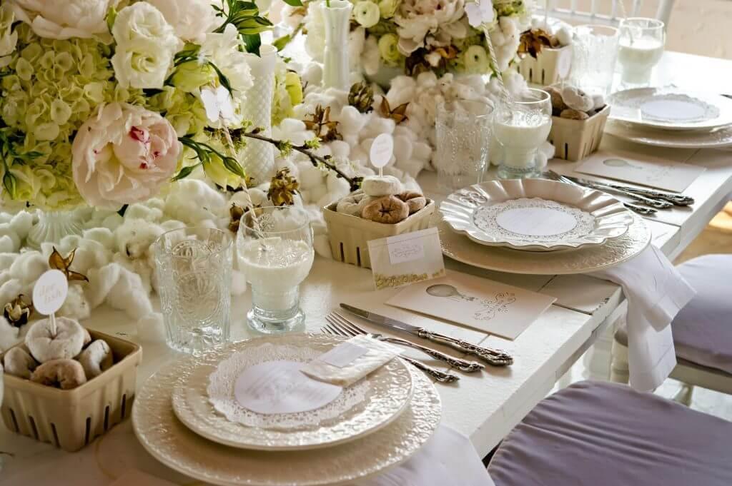 cotton fig detail table decoration