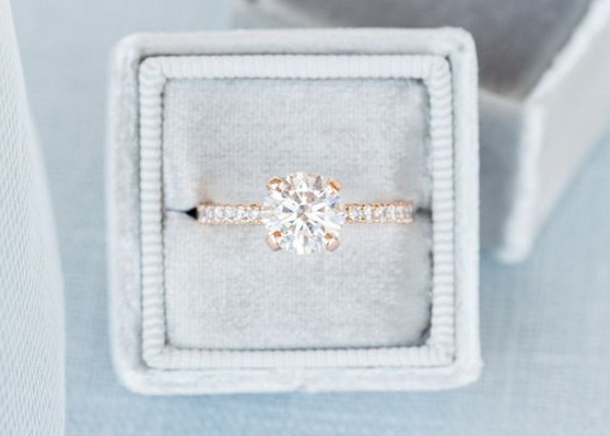 engagement ring prong