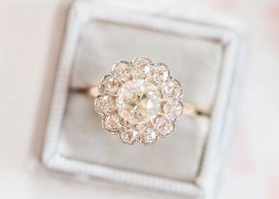 engagement ring vintage