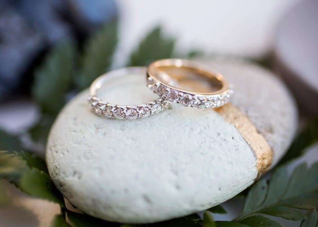 engagement ring bar