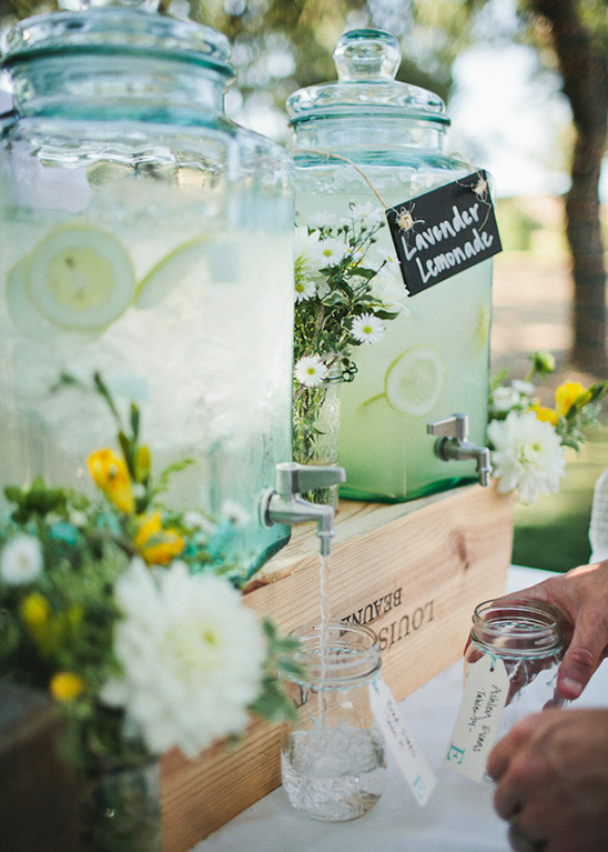 refreshment wedding bar idea