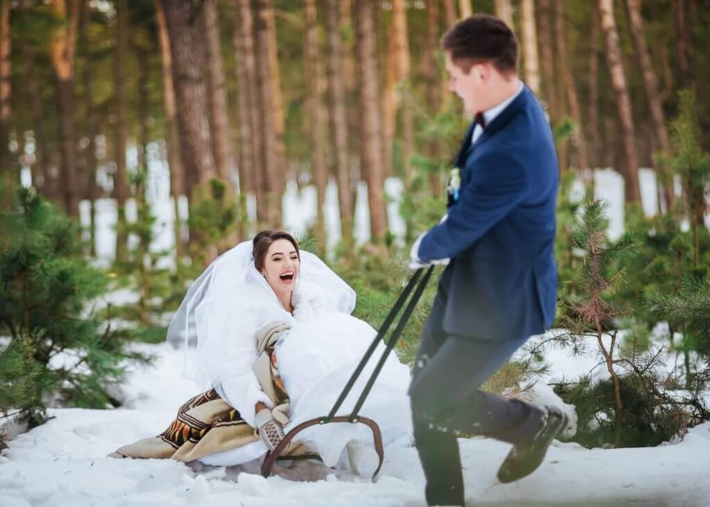 sleigh wedding transportation idea