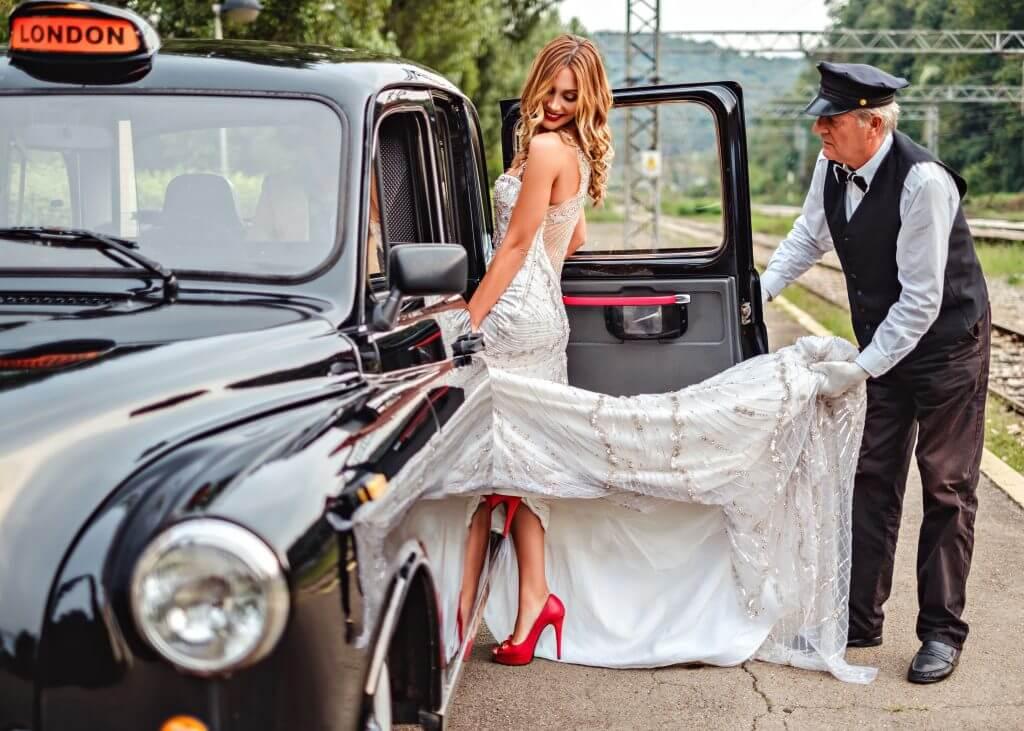 taxi wedding transportation idea
