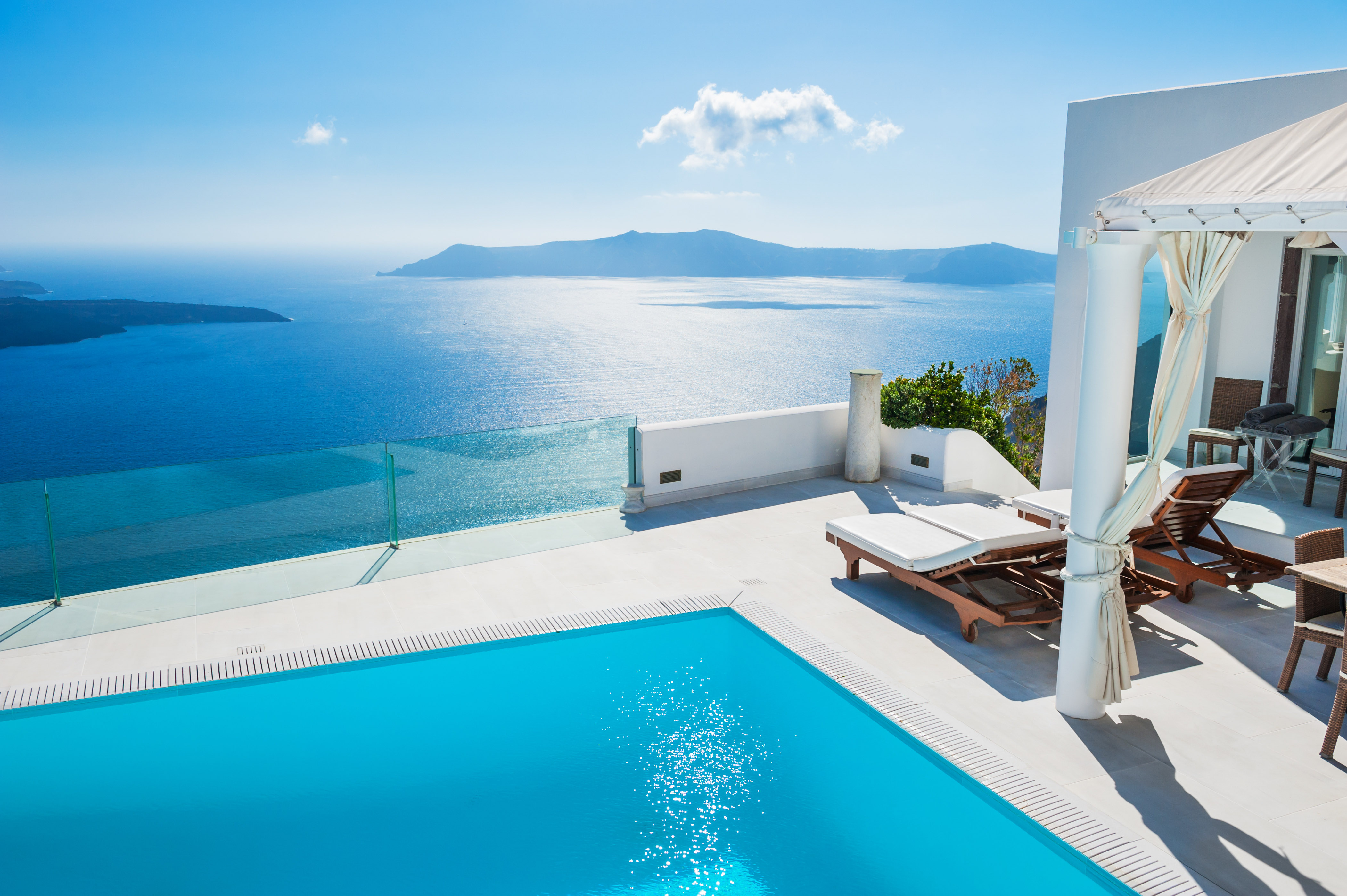 A Wedding Planner in Santorini's Guide to the Island's Secrets