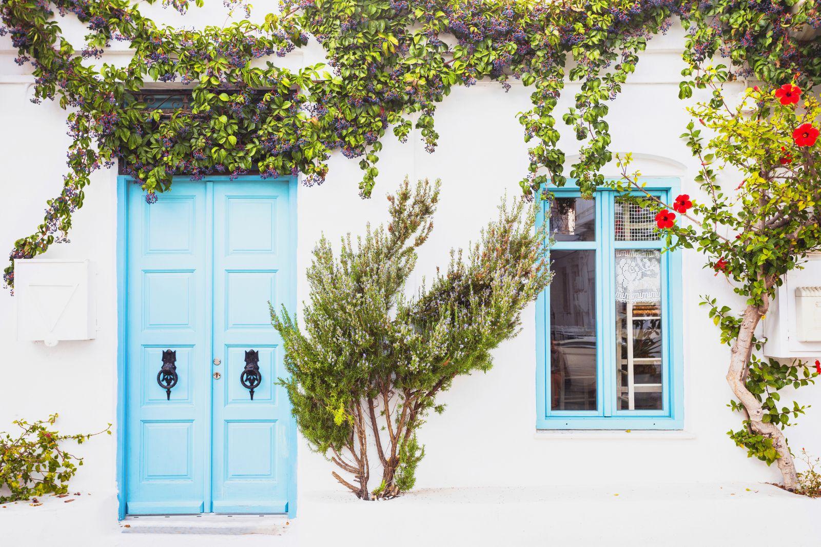 Make Happy Memories - Why Greece - Minimalist Magic