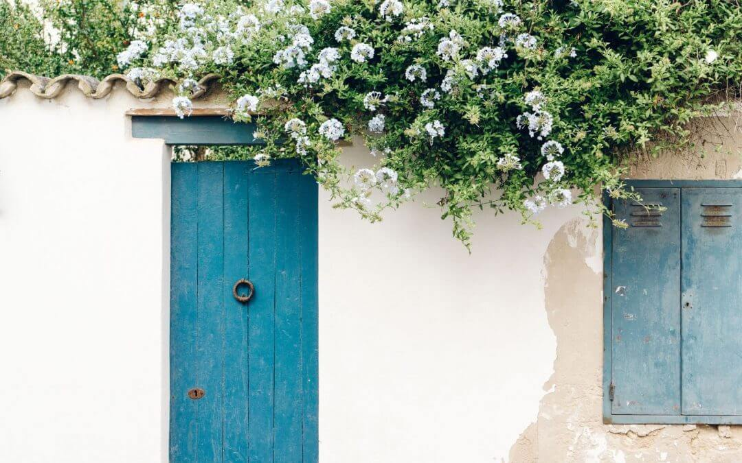 Wedding in Greece: 30 Reasons Why It's the Best Country to Say I Do